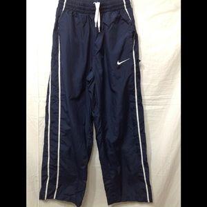 Boy's size Medium NIKE lined athletic pants